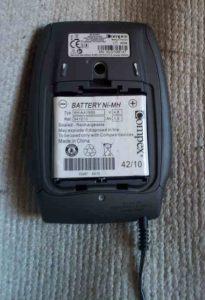 Electroestimuladores compex tapa abierta para cargar la batería en https://www.electroestimulaciondeportiva.com/