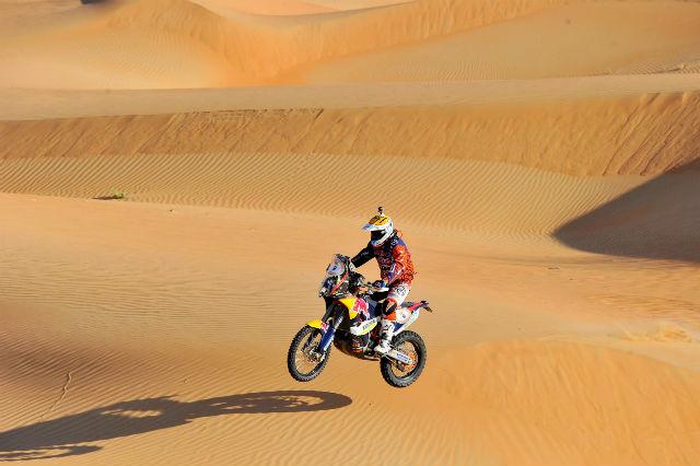 Entrenamiento con electroestimulación para moto. Foto Jordi Viladoms
