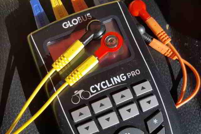 Electroestimulador Globus y localización de polo positivo y negativo